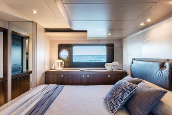 master-cabin-Absolute-58-Mallorca
