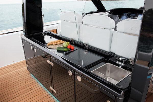 exterior-motoryacht-fjord-44-open